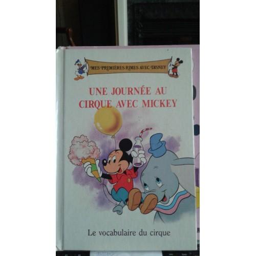 Une journée au cirque avec Mickey  Walt Disney